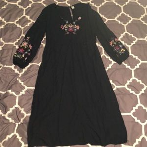 Old Navy Embroidered Waist-Defined Midi Dress
